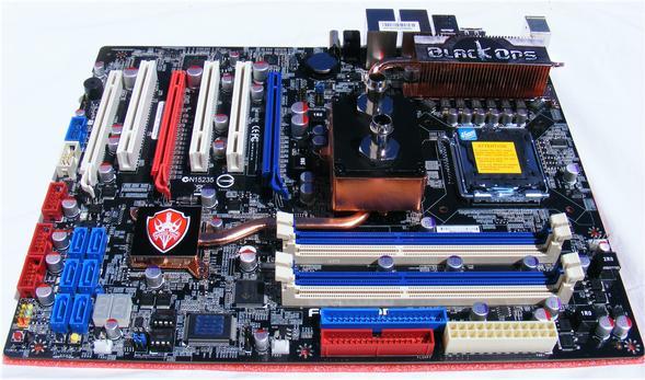 Foxconn X48 BlackOps Motherboard